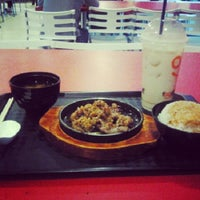 Photo taken at Munch (Canteen 1) by Nicole Y. on 1/9/2013