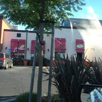 Photo taken at Applebee's Redwood City by La Ron W. on 5/13/2013
