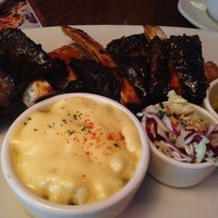 Photo taken at OUTBACK Steakhouse by HY L. on 4/27/2014