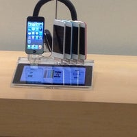 Photo taken at Apple The Fashion Mall at Keystone by Ben M. on 8/1/2013