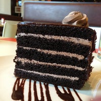 Photo taken at Broadway Cheesecake Co by Chamime L. on 7/25/2013