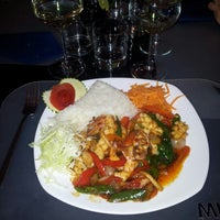 Photo taken at Bangkok Ristorante Thai Presso Ohm Living by Marco C. on 1/25/2013