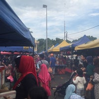 Photo taken at Pasar Malam Port Dickson by Syazwann F. on 2/20/2016