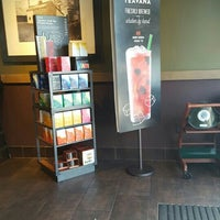 Photo taken at Starbucks by David H. on 7/16/2016