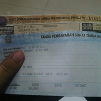 Photo taken at Samsat Surabaya Selatan by Ira H. on 10/9/2013
