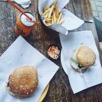 Photo taken at Bite Club Grilled Burger by Abhie T. on 11/2/2015