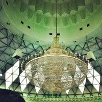Photo taken at Masjid Asy-Syakirin by Firdaus A. on 9/28/2012