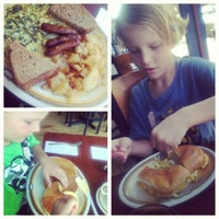 Photo taken at Country House Diner by CanCan on 7/6/2013