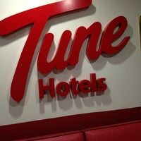 Photo taken at Tune Hotels by Benjamin O. on 1/30/2013