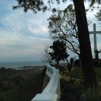 Photo taken at Serra Retreat by Ursula W. on 2/27/2016