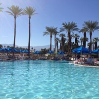 Photo taken at JW Marriott Oasis Bar And Grille by Lilly R. on 10/20/2012