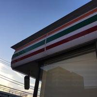 Photo taken at セブンイレブン 厚木中町店 by シノのん *. on 8/6/2016