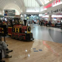 Photo taken at Sawgrass Mills by Ricardo A. on 12/17/2012