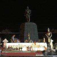 Photo taken at Phraya Pichai Dab Hak Monument by Grace N. on 7/20/2016