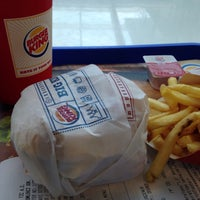 Photo taken at Burger King by Ahmet B. on 10/26/2015