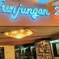 Photo taken at Tunjungan 21 by Erdi S. on 3/21/2016