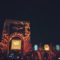Photo taken at Universal's Halloween Horror Nights 23 by Vanessa P. on 10/27/2013