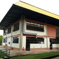 Photo taken at Universidade Vale do Rio Doce (UNIVALE) by Rhuodger K. on 2/28/2013