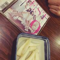 Photo taken at 日本橋 紅とん 池袋ビックリガード店 by アイーダ♦︎ on 6/23/2016