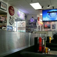 Photo taken at The Original Mel's Diner by Beth H. on 11/29/2015