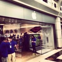 Apple menlo park photos reviews edison nj for 1258 salon menlo park
