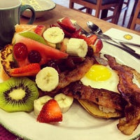 Photo taken at Cora Breakfast & Lunch by Gaby E. on 6/1/2013