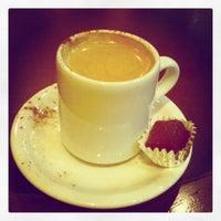 Photo taken at Starbucks by 有馬 on 12/14/2012