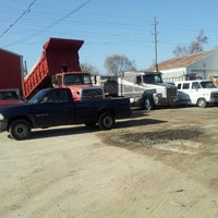 Photo taken at wes boykin trucking/ excavating and demolition by Moe H. on 11/16/2012