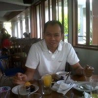 Photo taken at Teratai Coffee Shop by Yosep D. on 1/17/2013