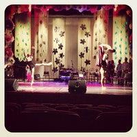 Photo taken at Teatro Escola Basileu França by Reilly R. on 3/15/2013