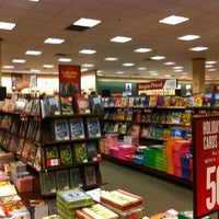Photo taken at Barnes & Noble by Wesley S. on 1/7/2013