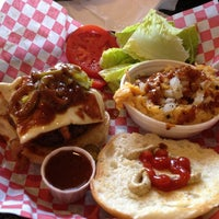 Photo taken at Daily Grind Burgers by Vinny S. on 2/23/2013