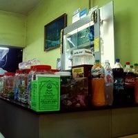Photo taken at Restoran PKS Maju by Ruz on 6/4/2013