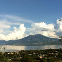 Photo taken at Villa LosDones | El Chante by Diego B. on 9/30/2012