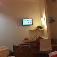 Photo taken at Amaris Hotel Pemuda - Semarang by Maulida Fitria D. on 12/24/2015