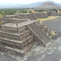 Photo taken at Zona Arqueológica de Teotihuacán by Leandro N. on 11/6/2012