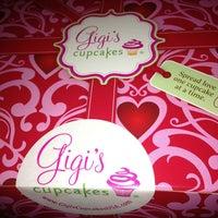 Photo taken at Gigi's Cupcakes by Susana B. on 3/18/2013