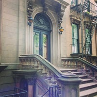 Photo taken at Brooklyn Heights by Germán V. on 6/27/2013