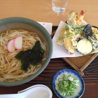 Photo taken at うどん ナザレ 豊橋本店 by Yoshihito H. on 9/27/2013