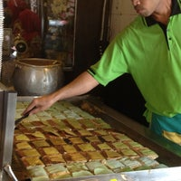 Photo taken at Restoran Haslam by Hazelinda M. on 11/22/2012