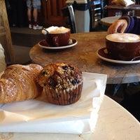 Photo taken at Los Gatos Coffee Roasting Co. by Arnaud B. on 9/28/2013