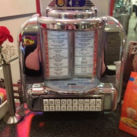 Photo taken at Johnny Rockets by Cathy V. on 3/24/2013