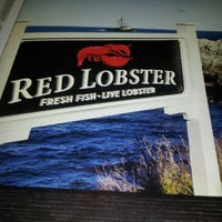 Photo taken at Red Lobster by Robb K. on 12/9/2012