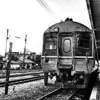 Photo taken at สถานีรถไฟสุราษฎร์ธานี (Surat Thani) SRT4239 by Bradycardia W. on 6/8/2013