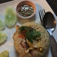 Photo taken at Baobao Drinks & Restaurant by GapyarD 🌐 . on 6/13/2014