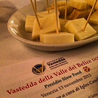 Photo taken at Baccalà Divino Mestre by Anna Maria P. on 11/13/2013