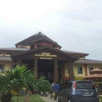 Photo taken at Pasar Rantau Panjang by Fiqry F. on 2/10/2016