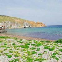 Photo taken at Arka Deniz by Gizem K. on 4/9/2016