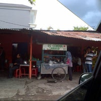 Photo taken at Es Cendol Mroso by Theresia Z. on 1/8/2013