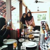Photo taken at KamaLodge Cafe by Afiqah A. on 4/7/2016